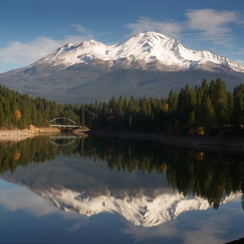 Mount Shasta reflected in Lake Siskiyou