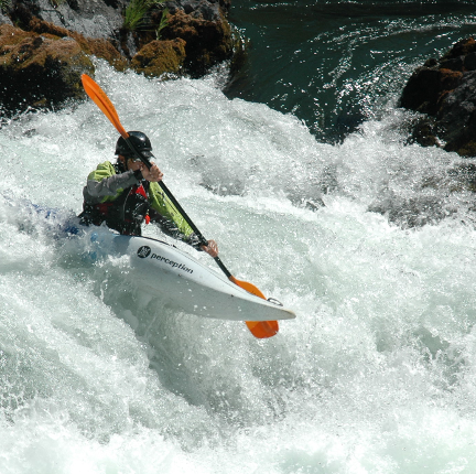 Things To Do in Mt. Shasta - Boating on the Trinity River